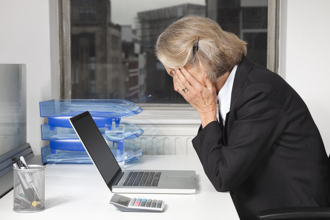 avoid online scams seniors